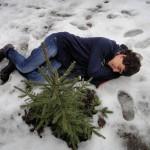 Под этой елью на снегу