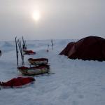 Временный дом в арктической пустыне