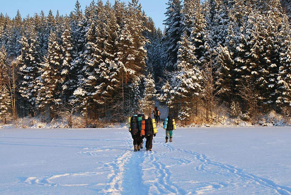 Зимний детский лагерь в Карелии