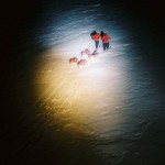 К Северному полюсу полярной ночью