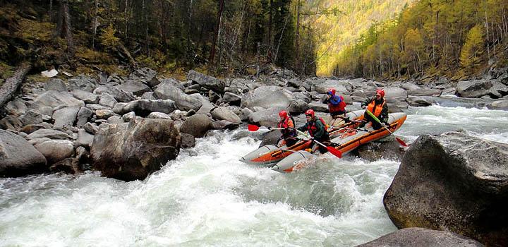 И на Кавказе, и на Алтае можно найти реки 3-й категории сложности