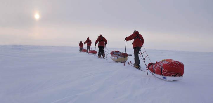 Юным полярникам предстоит преодолеть 110 км ледяной пустыни