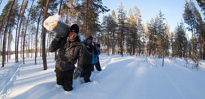 Будущие полярники готовы преодолевать трудности вместе.