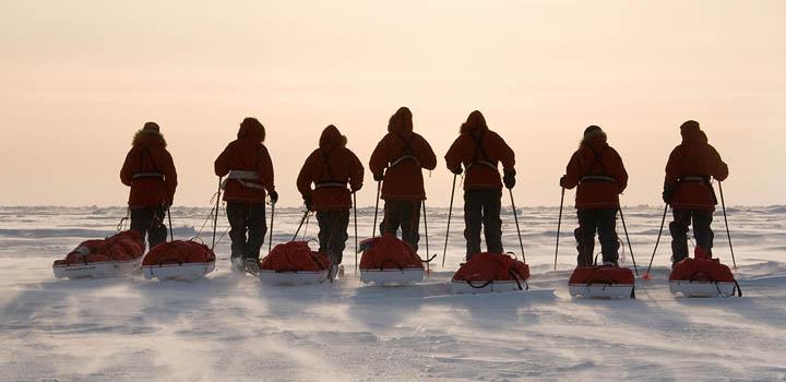 За неделю участники VIII российской молодежной экспедиции «На лыжах – к Северному полюсу» преодолели более 100 км.