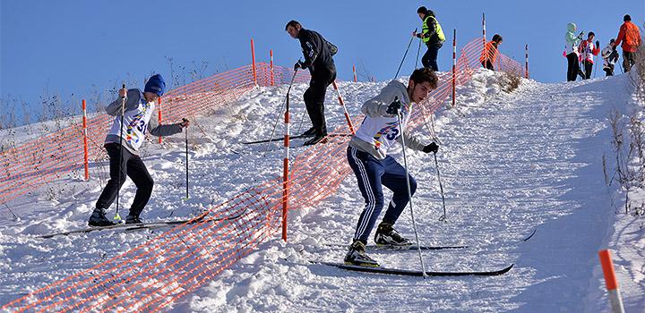 На дистанции лыжной гонки.