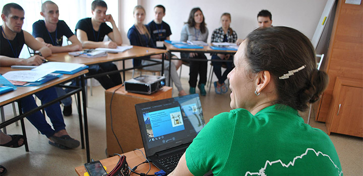 Занятия учебной группы Натальи Коляды.
