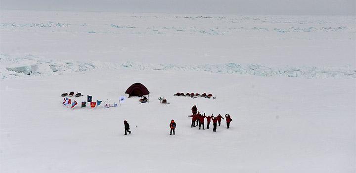 Дети обживают Северный полюс.