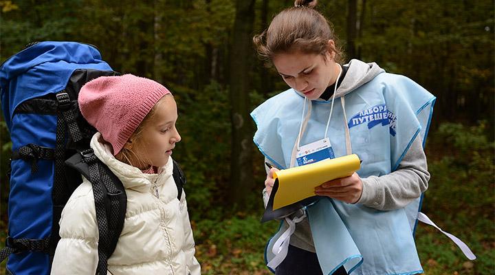 В Сокольниках работало 130 волонтеров. Справа – Ксения Мутовина, добровольный помощник из школы № 1078