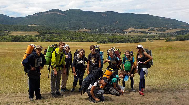 Полина Патрикеева и юные путешественники группы 20160626.