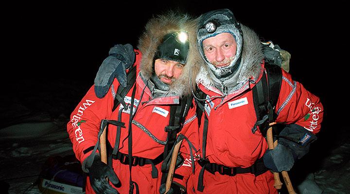 Матвей Шпаро и Борис Смолин, перед стартом ночного путешествия к Северному полюсу. Мыс Арктический, декабрь 2017 года.