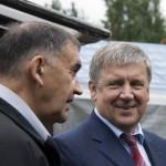 Дмитрий Шпаро и губернатор Александр Худилайнен