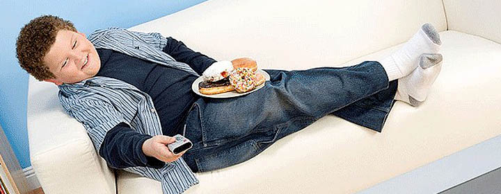 Более 10% детей и подростков в России страдают избыточным весом