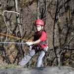 Заняти на скалах – один из мастер-классов детского лагеря в Краснодарском крае.