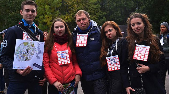 Школьники и педагоги пришли вместе в Сокольники