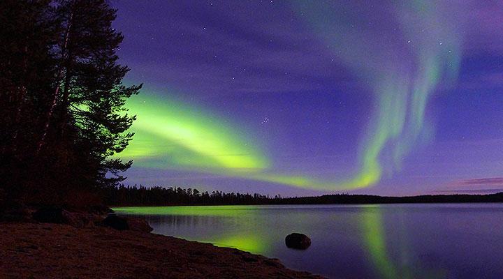 Октябрьская ночь в Карелии: полярное сияние – есть, снега – нет.