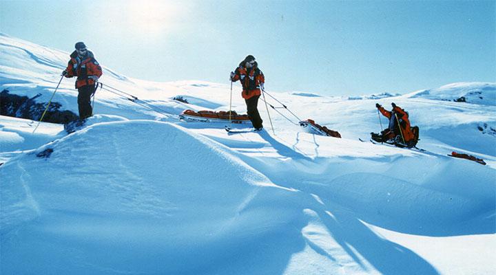 Техника передвижения команды была отработана во время экспедиции М. Шпаро в Гренландии.