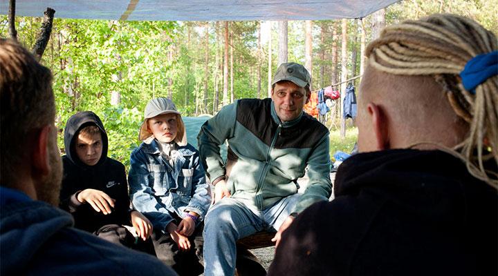 Тимофей (в центра) и Владимир Чучеровы (слева) в «Большом Приключении»