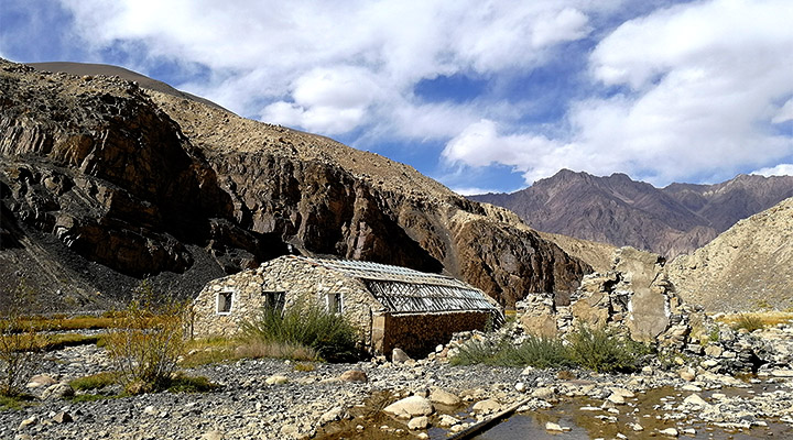 Памирский спа в долине Элису.
